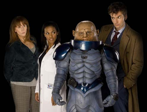 http://www.eyeofhorus.org.uk/images/photo/10tennant/publicity-series-04/doctor-donn-martha-sontaran-496.jpg